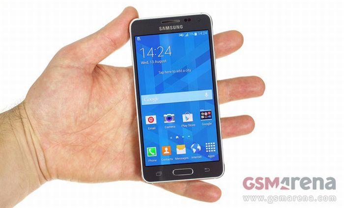 Élőben! Videón a Samsung Galaxy Alpha - Telefonguru hír