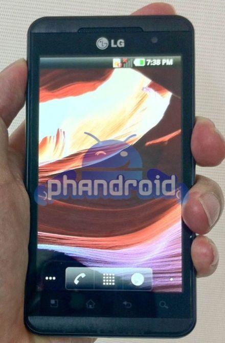 /txt/hirek/kepek/lg-optimus-3d-550x671_20110201.jpg