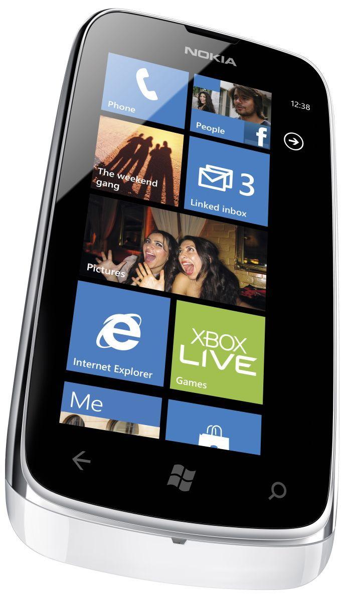 /txt/hirek/kepek/nokia-lumia-610-white_20120516.jpg